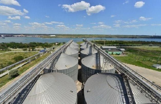 Экс-приватовцы незаконно отобрали у НБУ зерновой терминал «Бориваж»