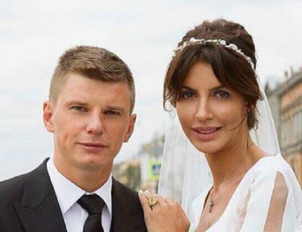Алиса Аршавина заявила в полицию на мужа