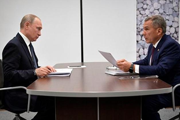 Песков объяснил шутки Путина в адрес Минниханова