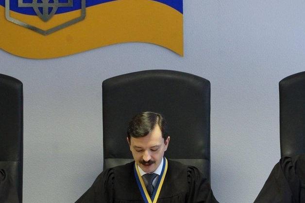 Вынесшего приговор Януковичу судью отстранили от правосудия на шесть месяцев, а также обязали повысить квалификацию