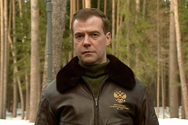 Писать как Медведев уху ел - подсудное дело