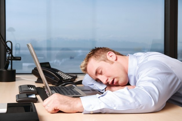 В Финляндии разрешили дневной сон на работе