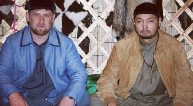 Ракишев посетил бой, где дрался сын Кадырова