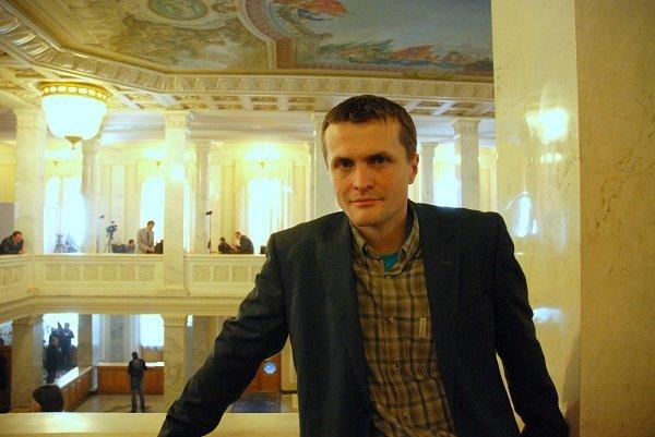 Нардепа Игоря Луценко обвиняют в выводе 750 тыс. грн из неплатежеспособного банка