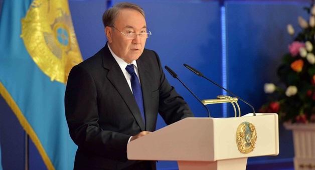 Президент Казахстана отправил в отставку правительство республики: известно о главных причинах