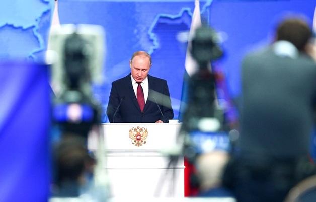 Владимир Путин признал, что уголовные преследования бизнеса стали угрозой для экономики страны