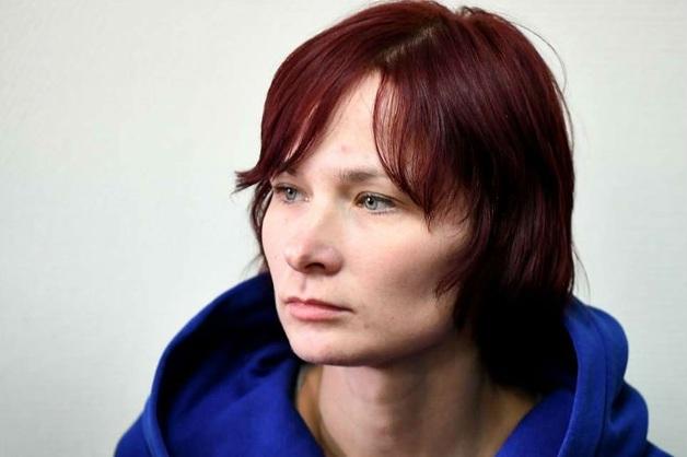 Суд арестовал москвичку, оставившую сына в лесу с пакетом на голове