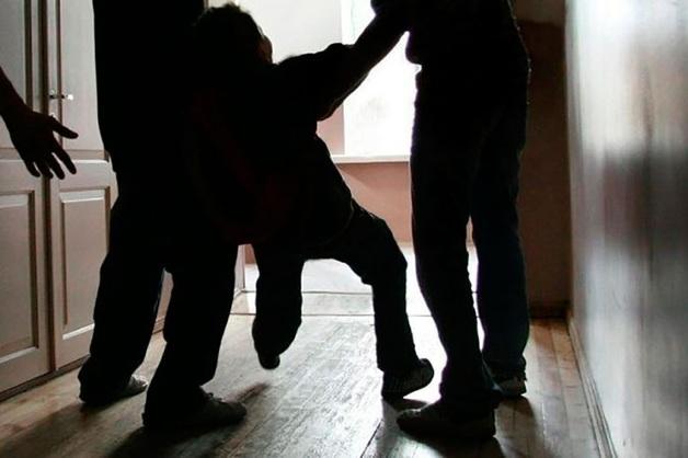 Избитый школьниками прокурор ХМАО был пьян и нападал на прохожих