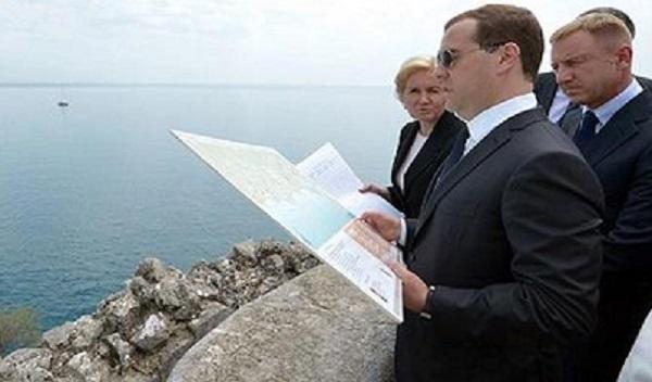 Инвестиционный климакс. Вопреки всем усилиям, в Крым не вкладываются ни иностранные, ни российские компании