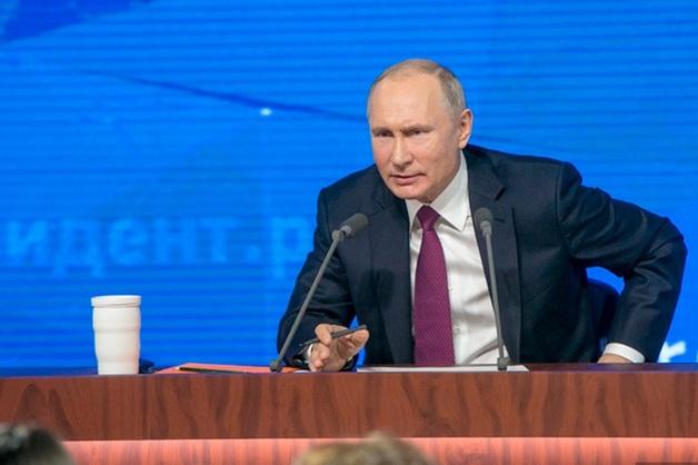 В США потребовали раскрыть доходы Путина. Просят привлечь разведку