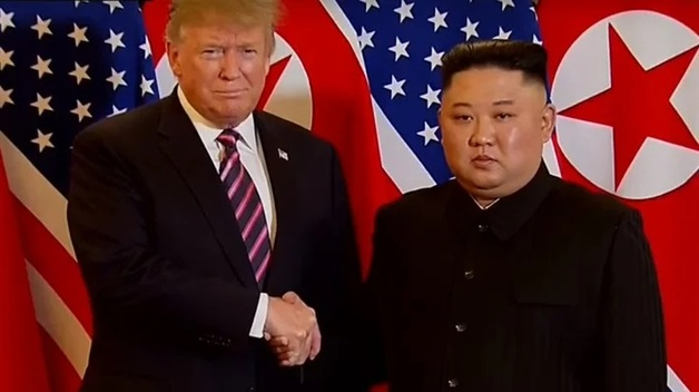 Саммит Трампа и Ким Чен Ына закончился раньше и безрезультатно