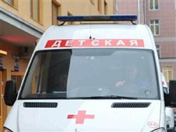 Подавившуюся фасолью двухлетнюю девочку отпустили из больницы домой: она умерла