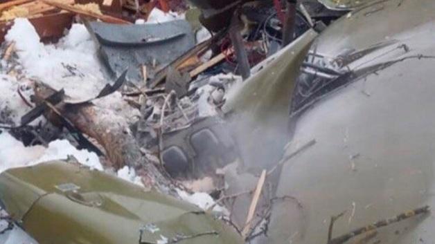 Опубликованы первые кадры с места крушения легкомоторного самолета в Подмосковье