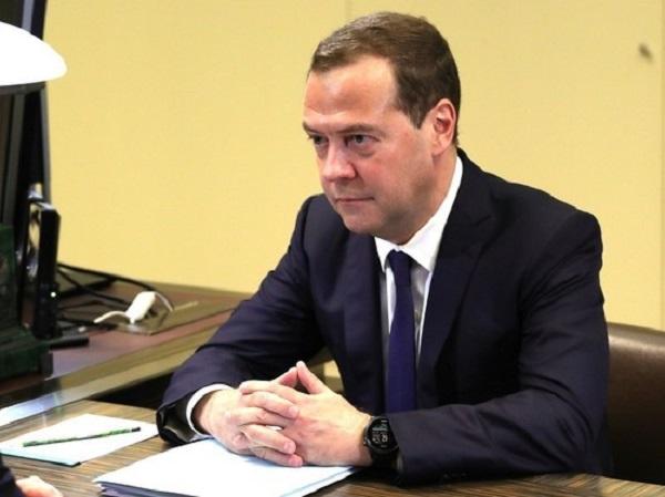 Медведев поставил под сомнение легитимность выборов на Украине
