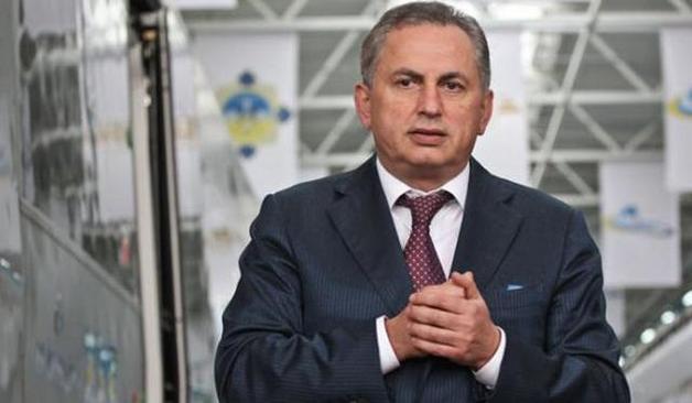 Борис Колесников в «ДНР» печет печенье для подданных Лукашенко