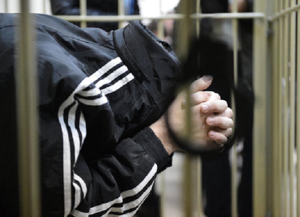 Якутского физрука обвиняют в 29 изнасилованиях школьницы