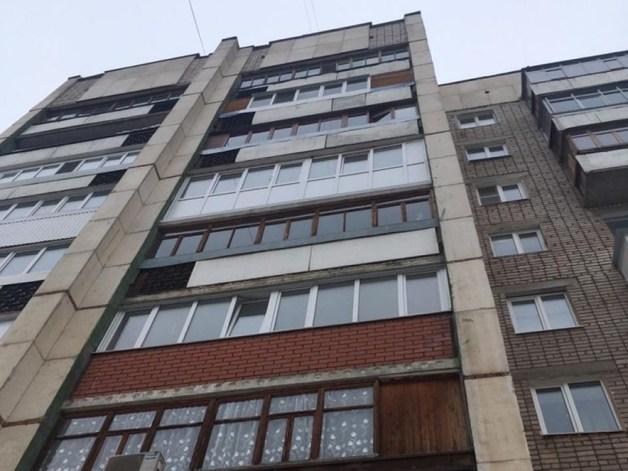 В РФ мать выбросила из окна 9-го этажа свою двухлетнюю дочь