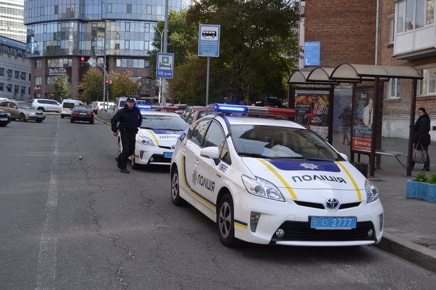В Одесской области бандиты ворвались в дом и отобрали у хозяина полмиллиона долларов