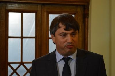 Фальшиводипломники и аферисты з КМДА на службе в Порошенко