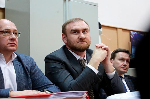 Рауф Арашуков отказался давать показания по убийству Шебзухова на очной ставке