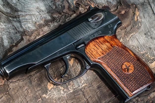 В здании управления собственной безопасности МВД в Москве обнаружен тайник с оружием