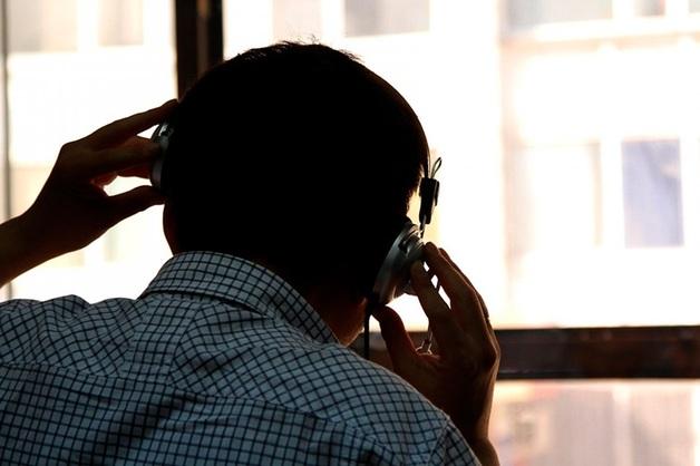 В Тюмени сотрудники банка и полицейские прослушивали телефоны