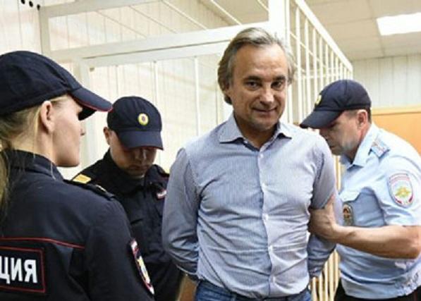 Подельницы Сергея Калинина отправились под арест