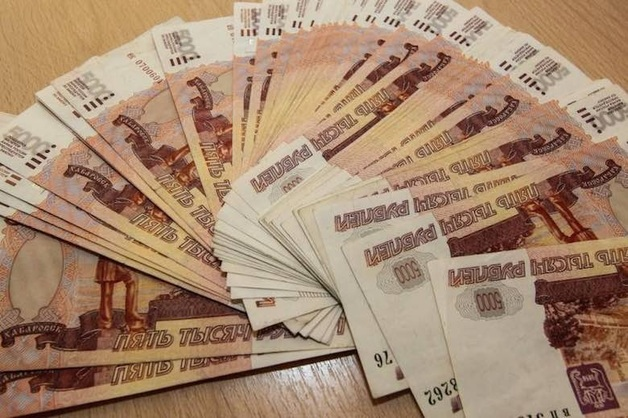 В Кировской области за взятку инспектору ДПС задержали кемеровского экс-полицейского