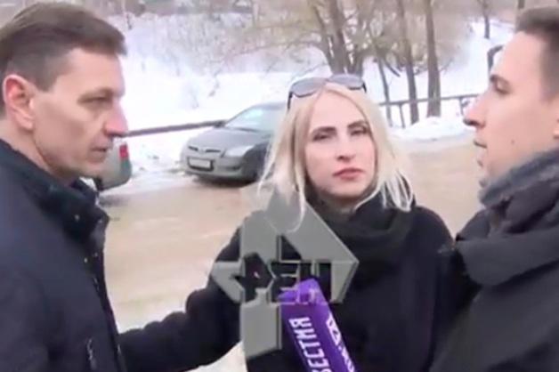Владимирский губернатор сбежал от журналистов после вопроса о сгоревших матери с ребенком
