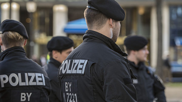 В Баварии полицейских обвиняют в распространении антисемитских видео