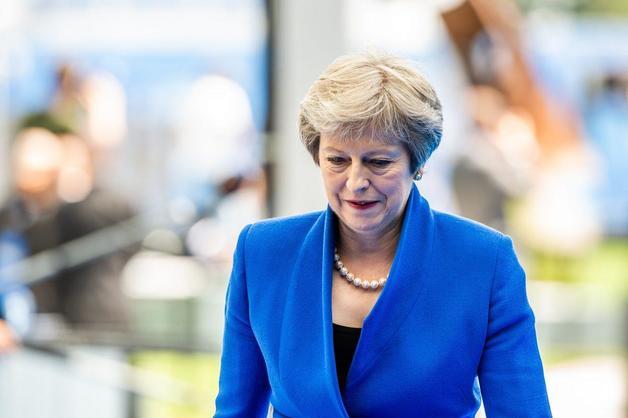 Отставка или сделка с ЕС: Мэй поставили ультиматум по Brexit