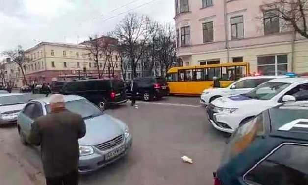 В Полтаве напали на кортеж Порошенко