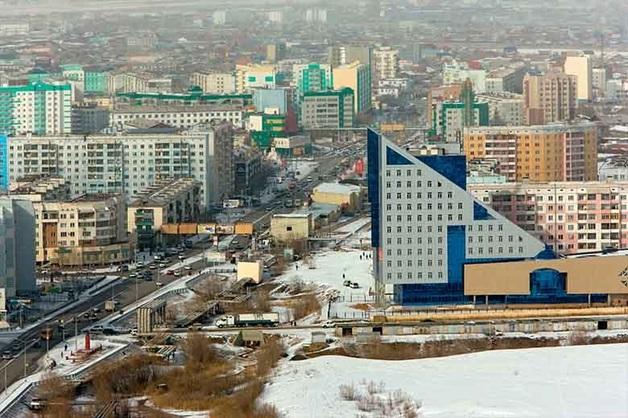 В Якутске ищут причастных к похищению женщины днем на одной из улиц города