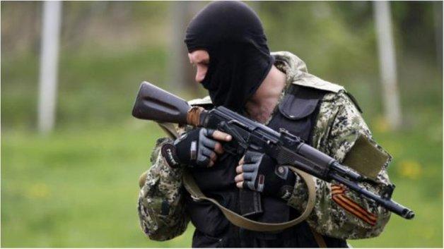 Российские военные ограбили и изнасиловали местную жительницу на Донбассе