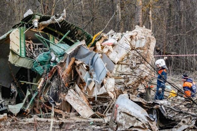 Британские эксперты нашли следы тротила на обломках самолета, в котором погиб Качиньский