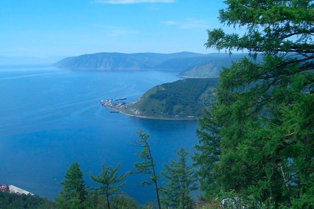Суд признал незаконным строительство завода по розливу питьевой воды на берегу Байкала