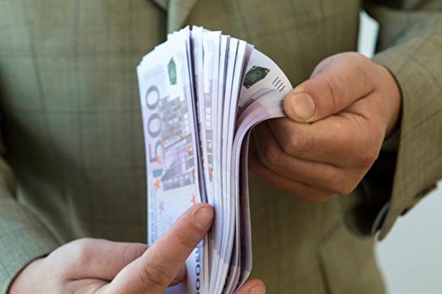«Голос» проверил, как партии расходуют бюджеты, и обвинил их в выводе средств