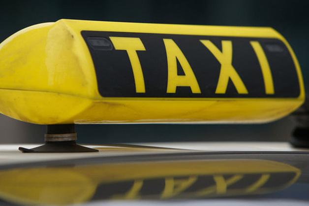 В Москве таксист-клофелинщик ограбил замдиректора головного предприятия Роскосмоса