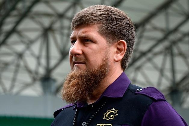 «Если ты чеченец, нужно отвечать за содеянное». Кадыров потребовал от водителя Gelandewagen, убившего в ДТП мать и дочь, явиться к нему