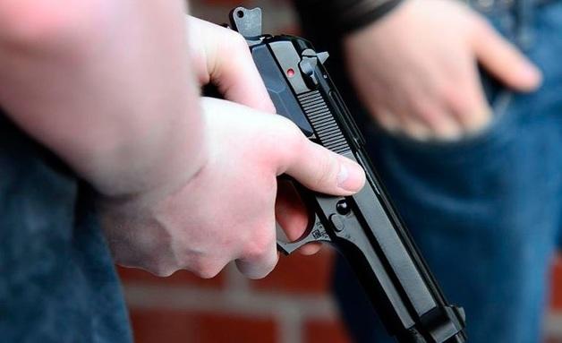 В мэрию Назрани ворвались люди и устроили стрельбу из травматического оружия