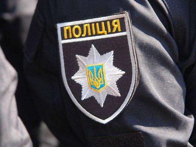 Собиралась купить квартиру: на Печерске в Киеве ограбили женщину в джипе