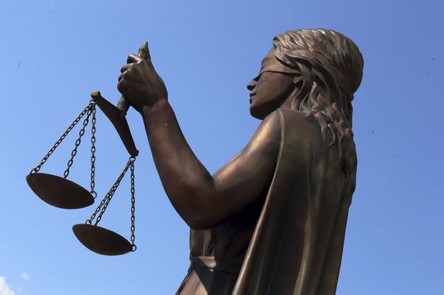 Следователь, скрывшаяся на Украине от обвинений во взяточничестве, договаривается о возвращении в Россию