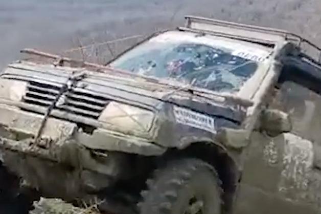 В Геленджике на Чемпионате России по трофи-рейдам погиб штурман: падение джипа попало на видео