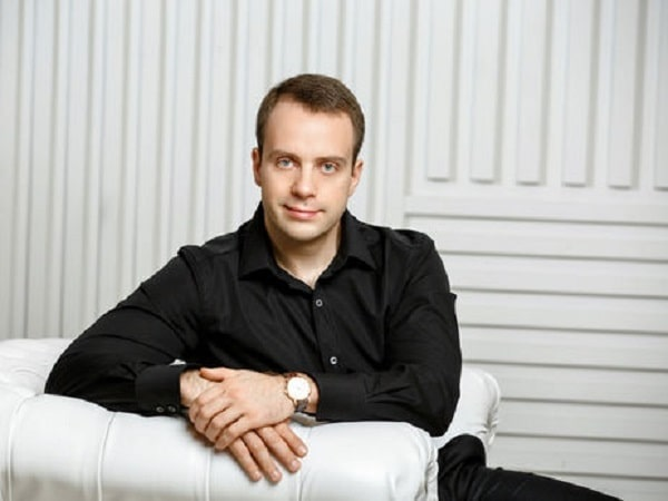 Максим Шкиль решает проблемы с помощью криминальной «крыши»