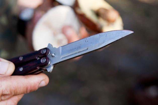 Житель Астрахани погиб, защищая подростков от ножевого нападения