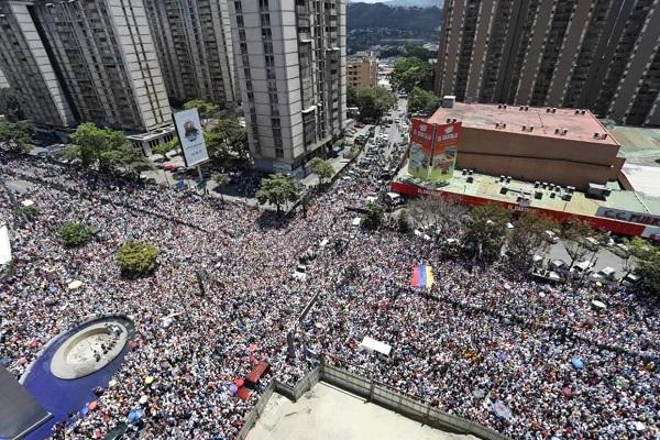 В Венесуэле снова вспыхнули масштабные протесты против Мадуро