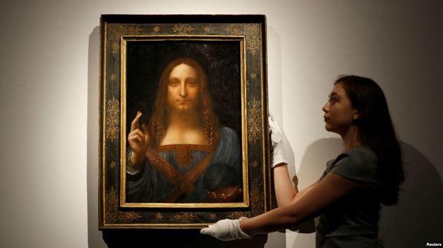 Эксперты заявили, что проданная за $450 млн картина Да Винчи «Спаситель Мира» может оказаться фальшивкой