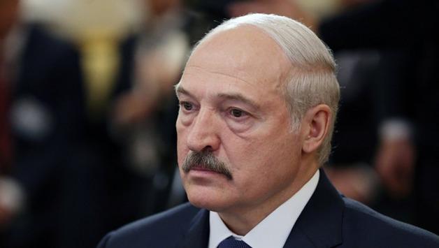 Лукашенко: «Об меня ноги начинают вытирать то в России, то на Украине»