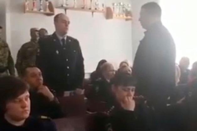 Сотрудника полиции задержали во время лекции по борьбе с коррупцией