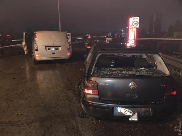 Под Одессой неизвестные в масках напали на полицейский пост и расстреляли инспекторов «Укртрансбезопасности»